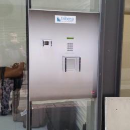 Flush Mount Keysafe with Key Dispenser & Key Return
